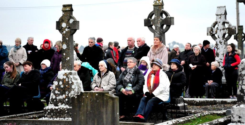 Read more about the article Dawn Mass Easter 2015